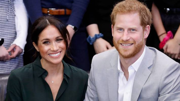 World awaits first glimpse of Meghan's royal baby