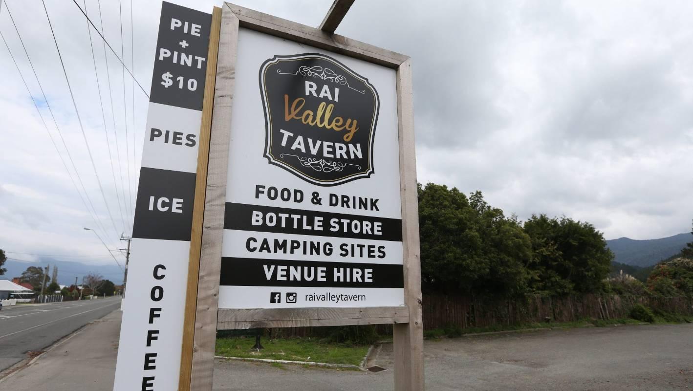 New Rai Valley Tavern Owners Embracing Marlborough Lifestyle Stuff Co Nz