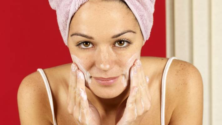 Eco-Living: What's the best waste-free moisturiser?