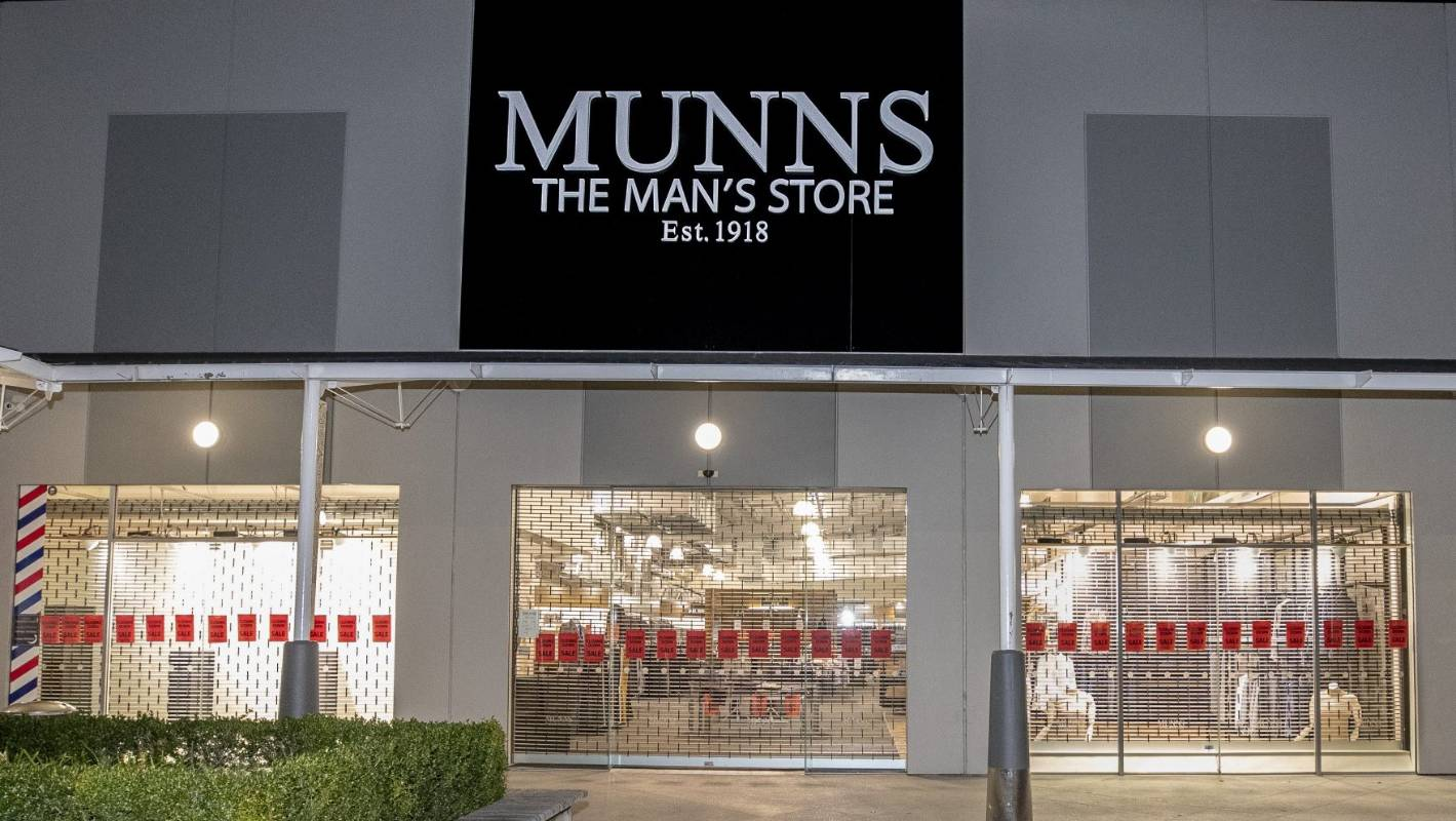 Munns Menswear, 100 years old, to close all its stores nationwide