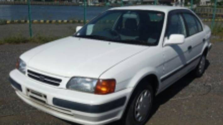 The police have captured a Toyota Corolla white sedan with a broken right mirror in relation to the homicide of Hone Pawa.