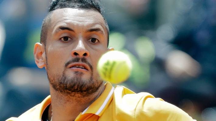 Nick Kyrgios throws chair on court before walking off
