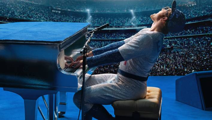 Elton John and Taron Egerton perform a moving 'Rocketman' duet