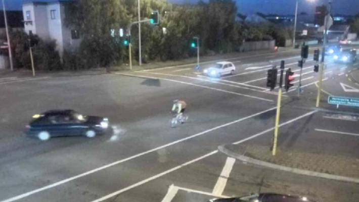 Police looking for driver after crash between car and cyclist in Christchurch