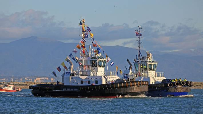 Port Nelson's new tug Huria Matenga II pulls a crowd in maiden entry