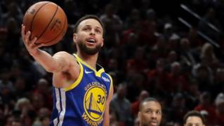 e00674237f11 NBA  Golden State Warriors sweep Portland Trail Blazers with overtime win