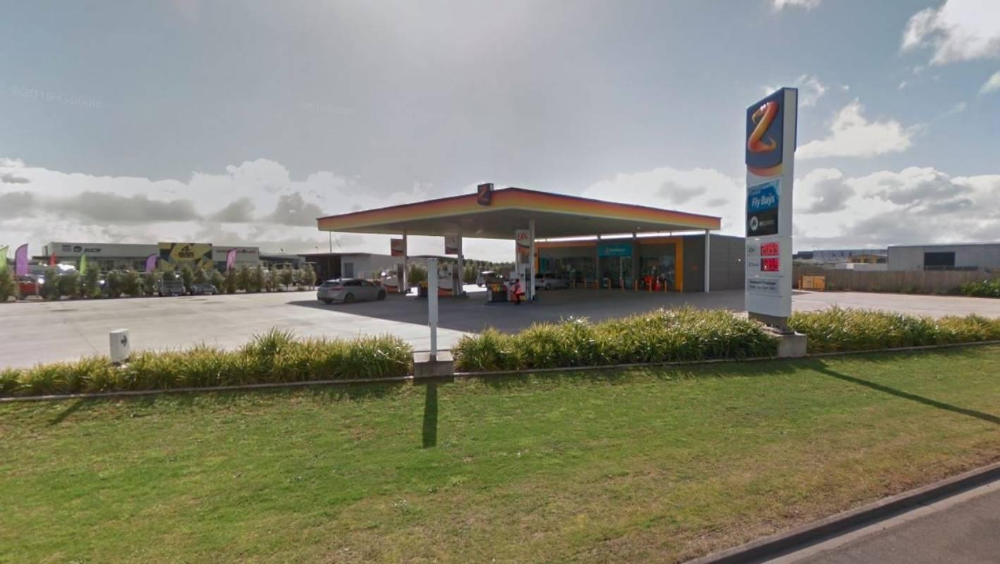 Crooks raid unmanned Hamilton service station