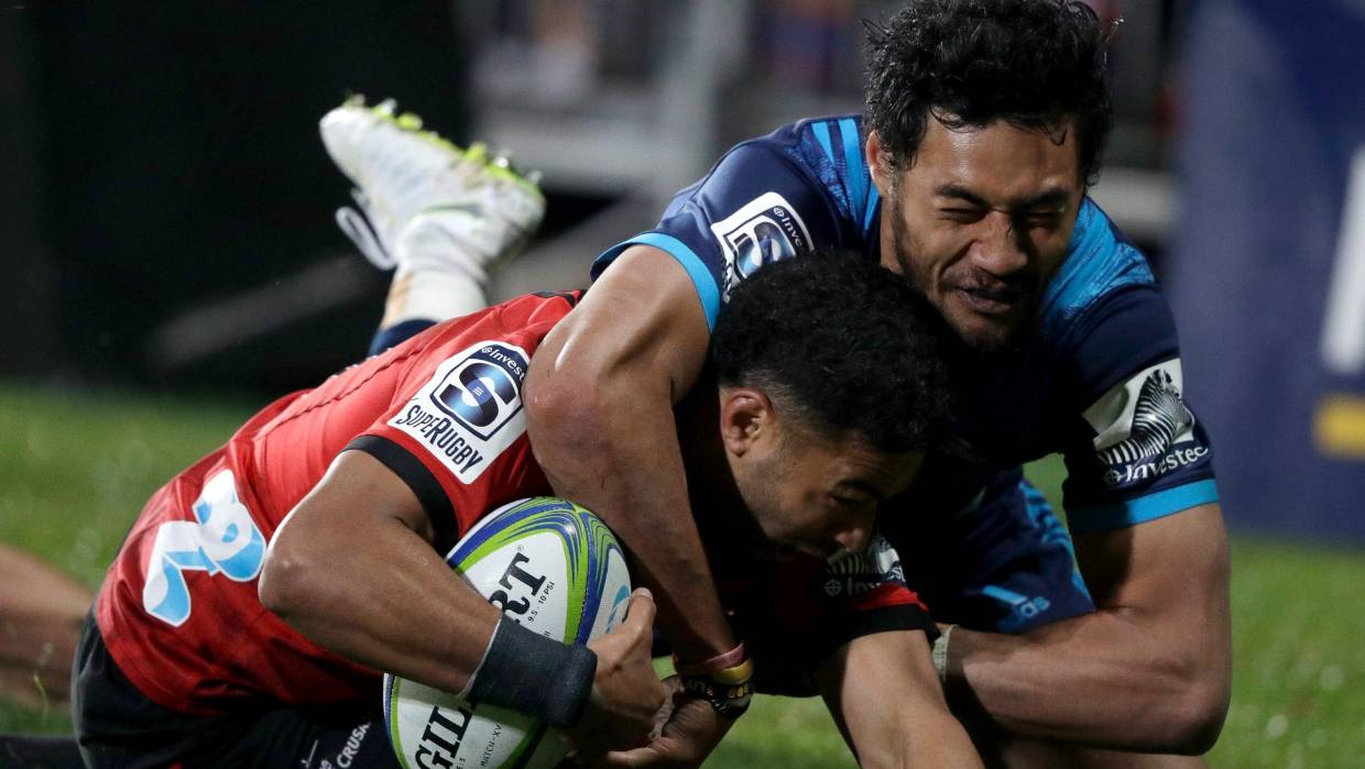 Super Rugby: Crusaders shut down Blues in Christchurch to claim