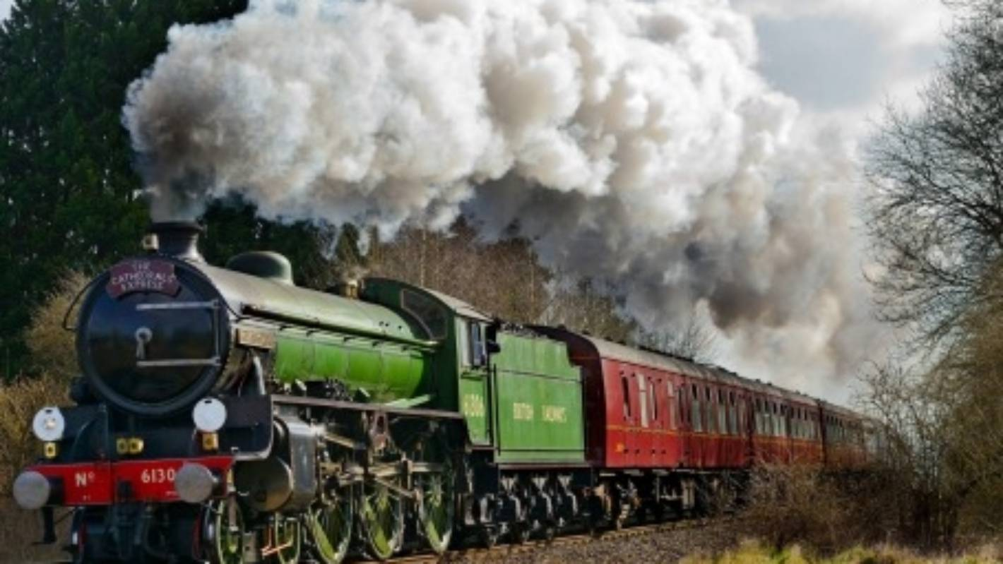 Travel on the new UK steam train service from London Waterloo to Windsor