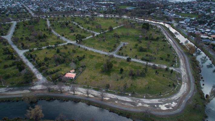 Christchurch mayoral candidates share their riverside red