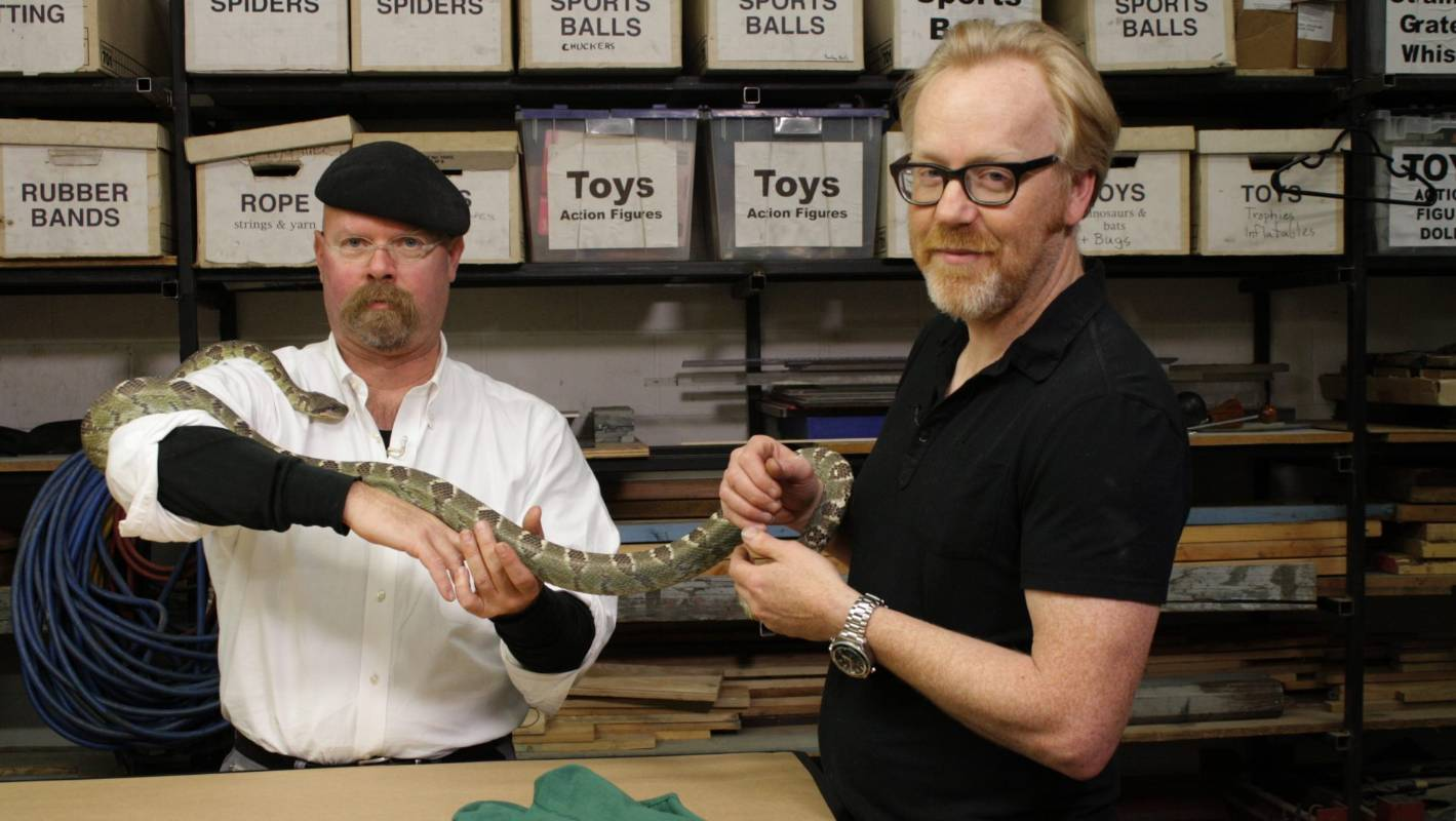 Ex-MythBusters star 'Builds' another nerdy and creative TV show