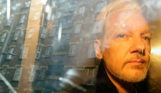 Wikileaks' Julian Assange denied extradition hearing delay