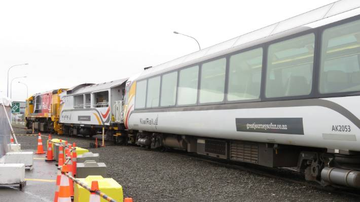 The train stationed at Ahuriri before departing for Wairoa.