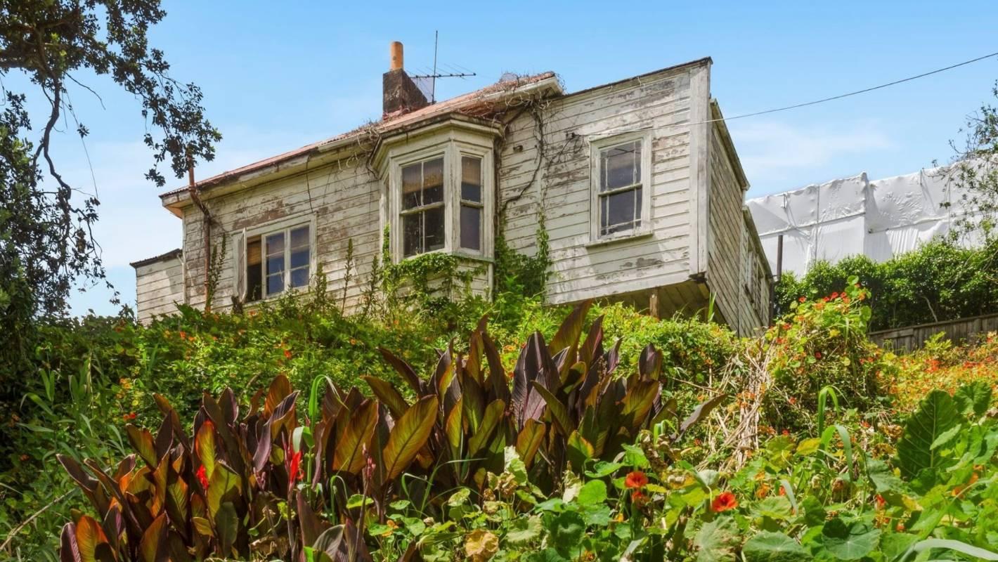 Rundown villa in St Marys Bay dress circle is end of an era
