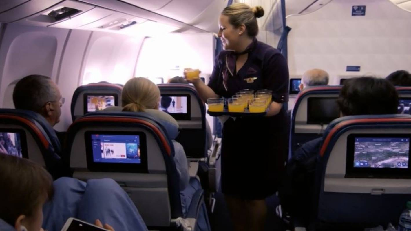 Bellinis And Chocolates Delta Adds A Touch Of First Class
