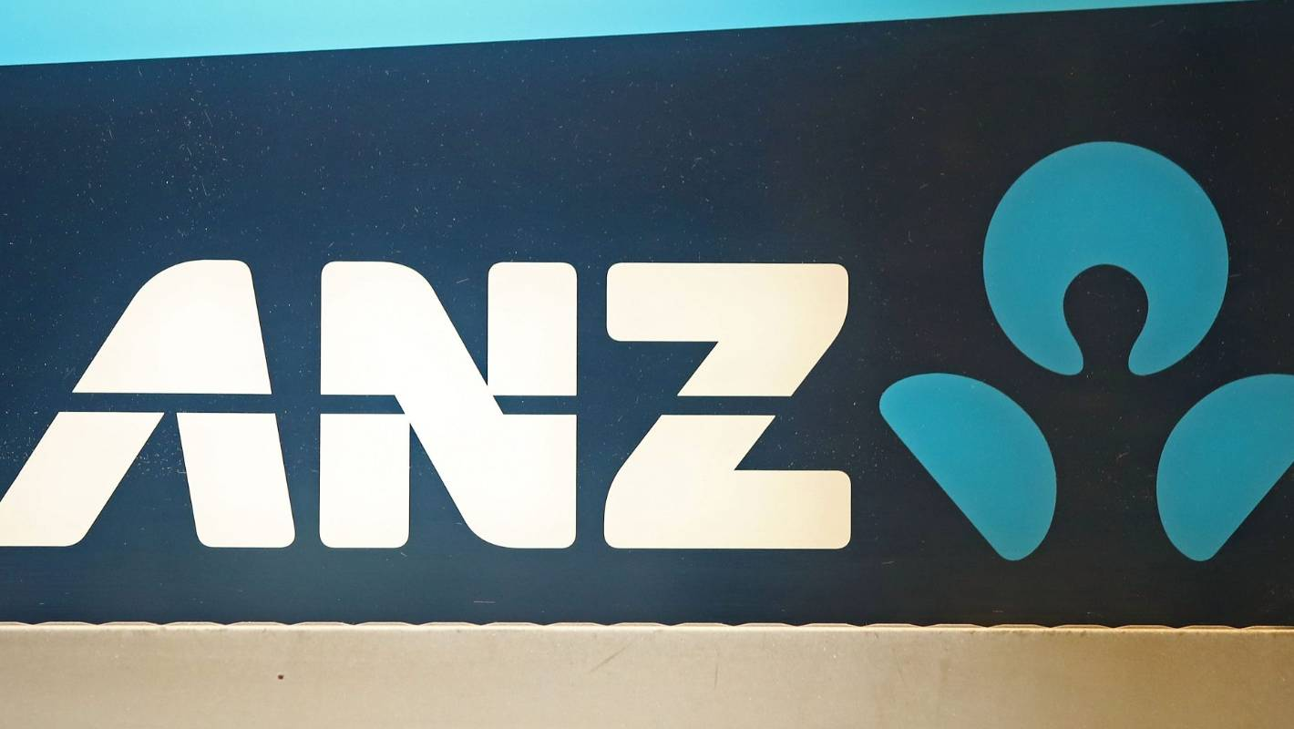 Kiwis go without salary after trans-Tasman payment glitch at ANZ