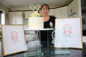 Annette Dudley's cakes have won her more honors at the Taranaki Wedding Awards held in New Plymouth on July 13.