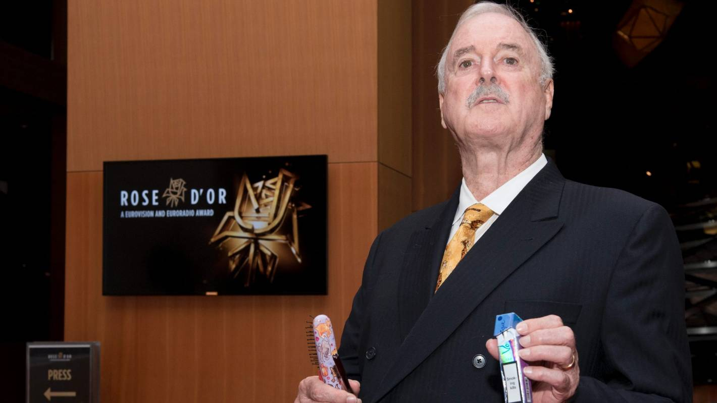 Cricket World Cup final: England should share cup with Black Caps, John Cleese says