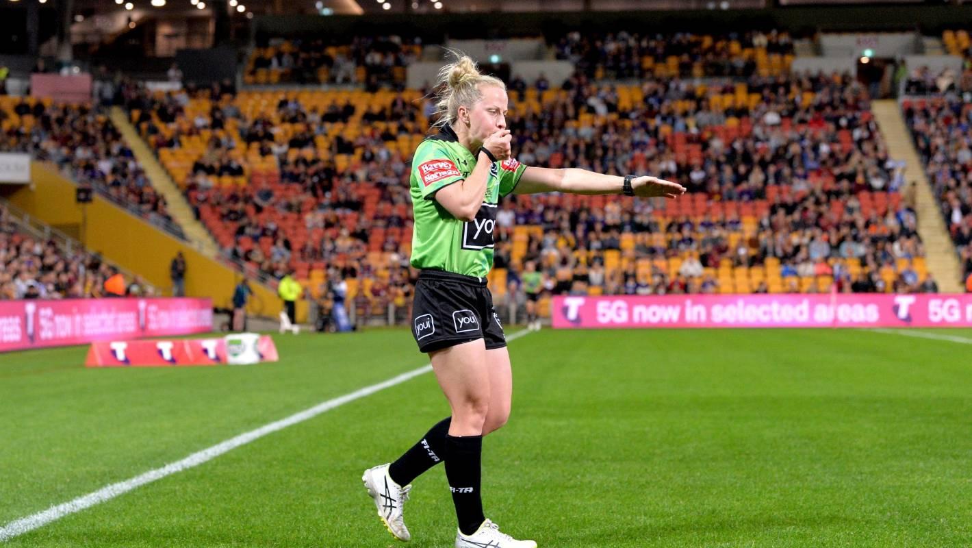 """NRL: First female referee Belinda Sharpe hailed after """"inspirational'' debut"""