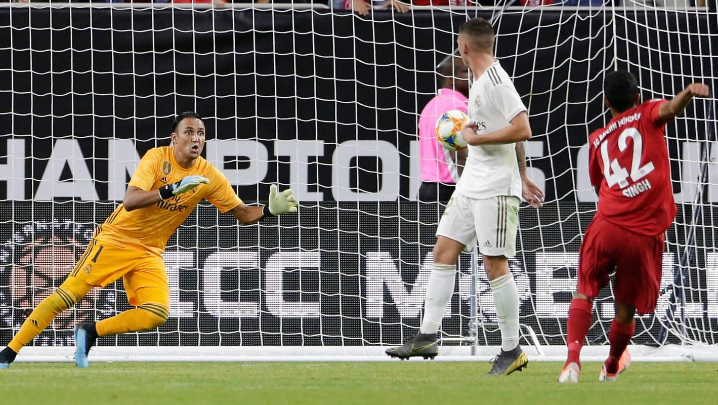 Sarpreet Singh comes close to scoring for Bayern Munich against Real Madrid