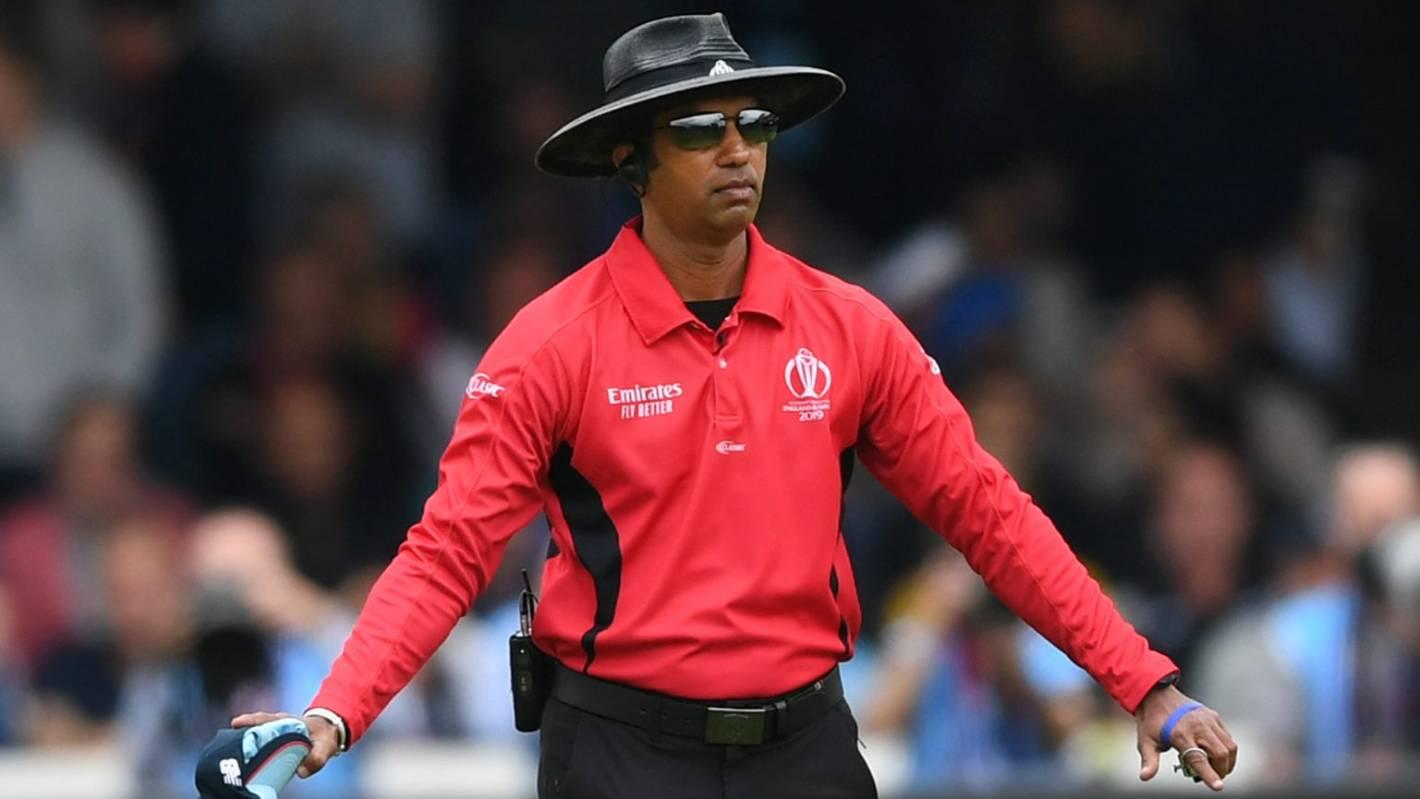 Cricket World Cup: Umpire Kumar Dharmasena admits 'I got it wrong' in final  | Stuff.co.nz