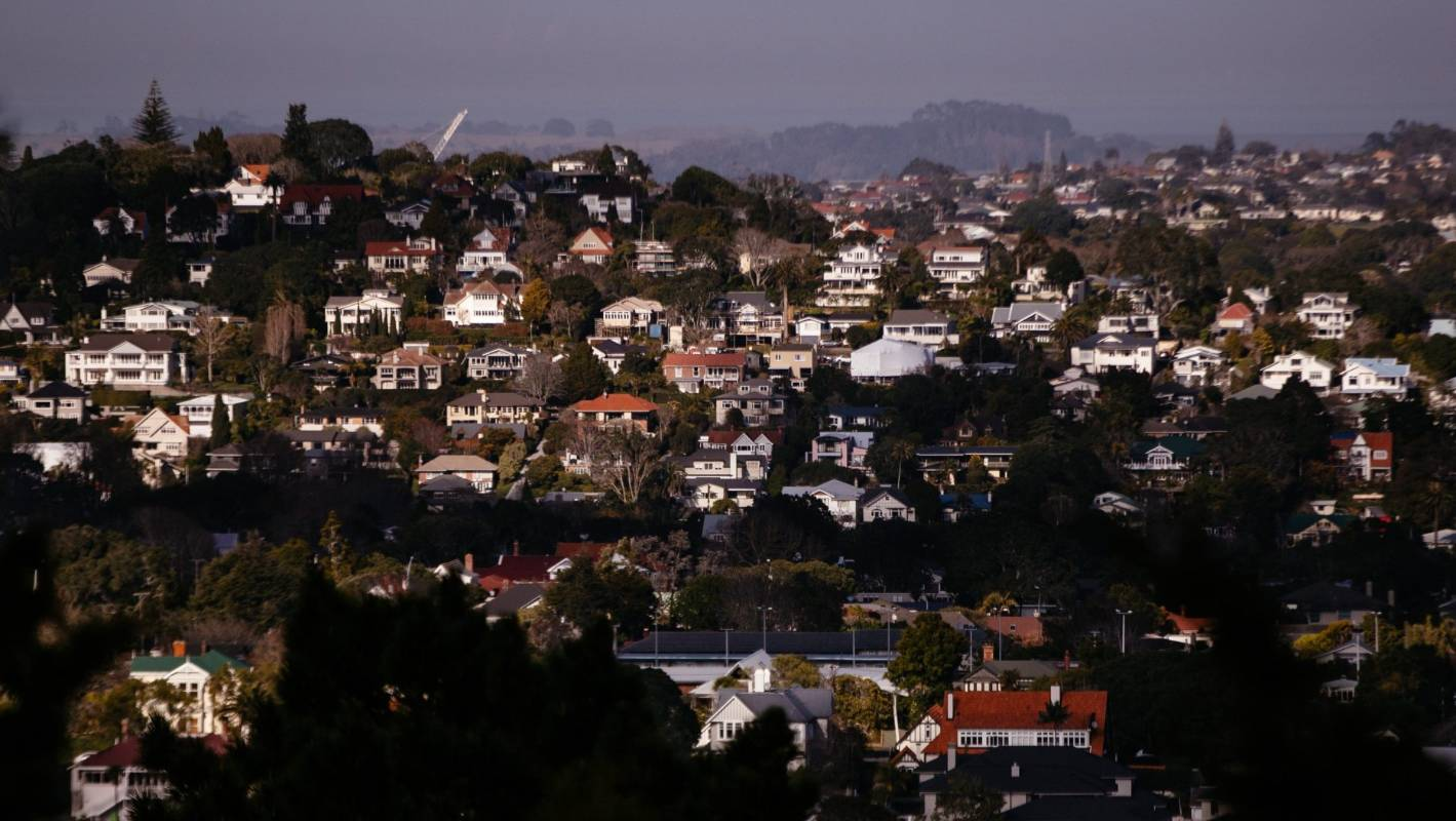 House price malaise spreads: More centres' values slide