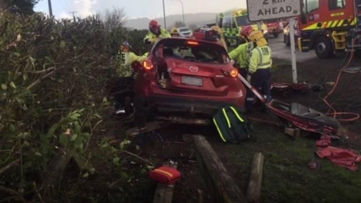 NZ's unluckiest fence: Sixth car crashes into Waikato fence