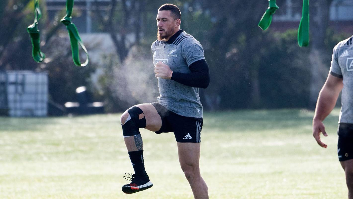 Sonny Bill Williams completes full All Blacks training, in line for selection v South Africa