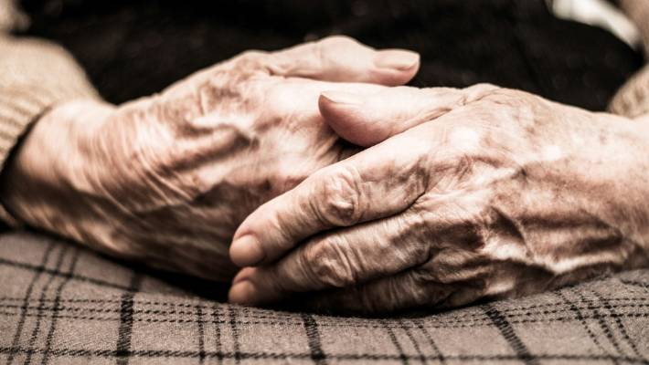Elderly woman's leg wounds infested with maggots, became