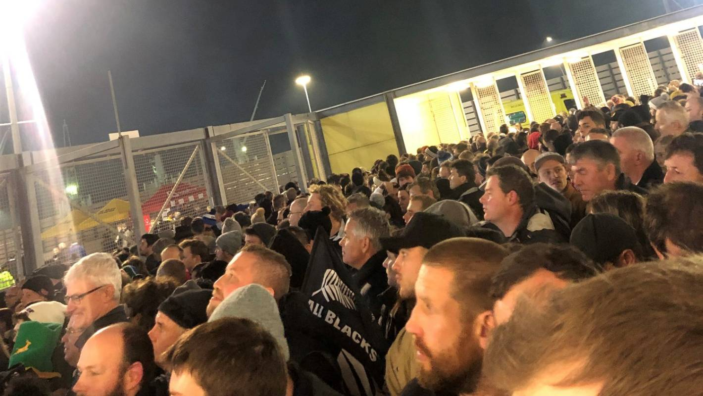 Thousands of queuing rugby fans miss start of All Blacks vs Springboks Test