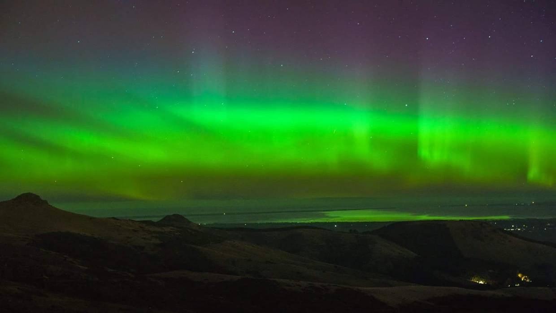 Christchurchのポートヒルから撮られたオーロラ