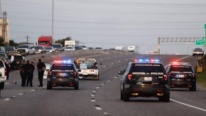 Gunman starts shooting on Houston motorway, kills two people   Stuff