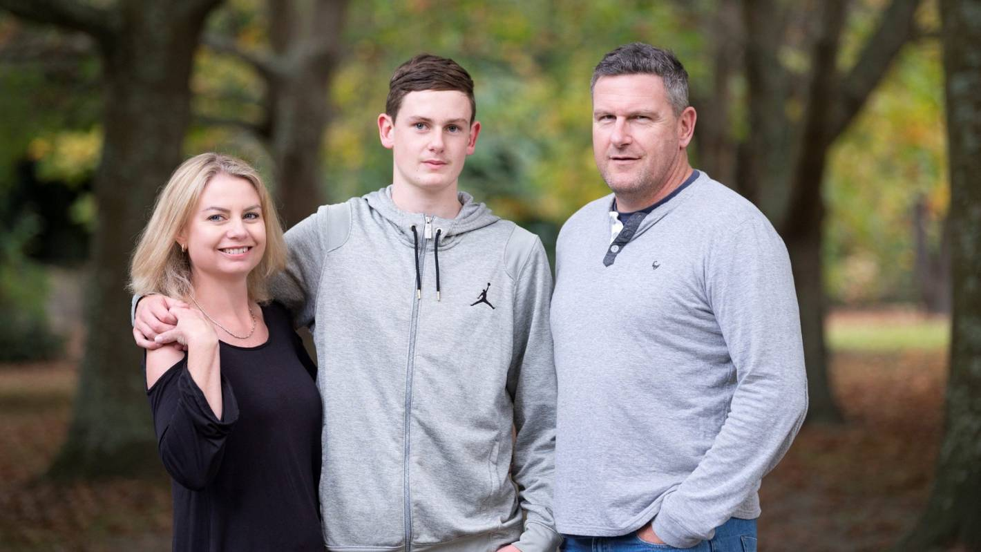 Lung cancer victim urges others not to ignore subtle symptoms