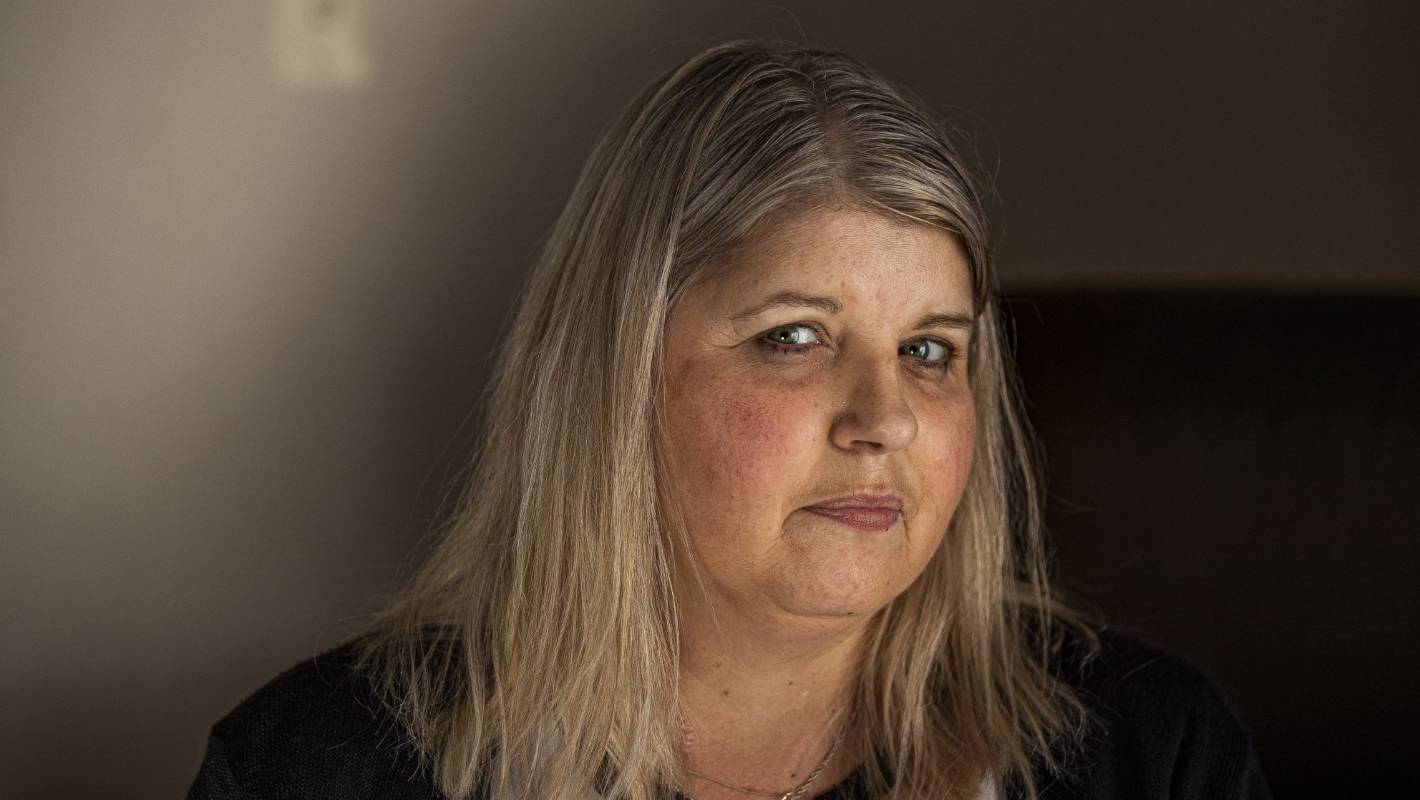 Auckland non-smoker's 'little cough' turned out to be terminal lung cancer