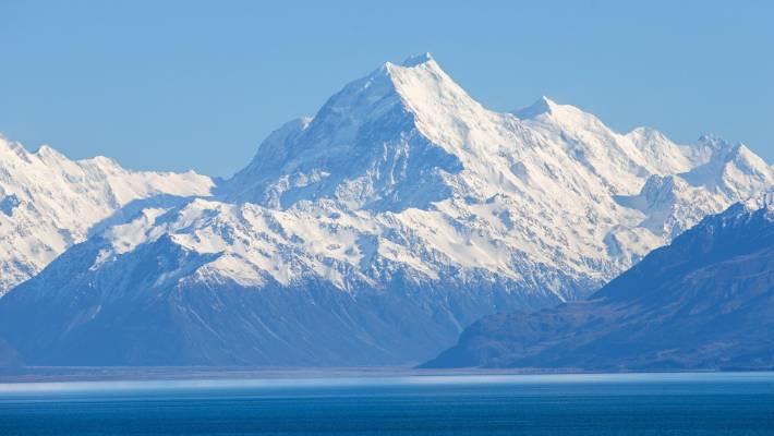 Шинэ Зеландийн Аораки уул