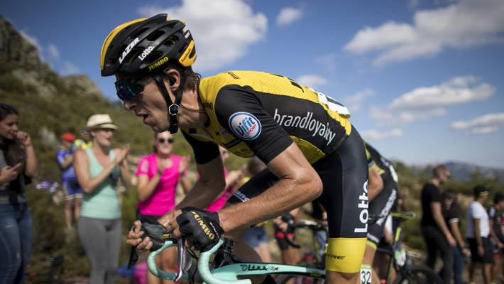 Vuelta a España: George Bennett escapes serious injury after
