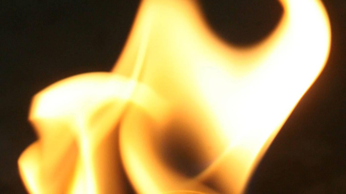 Scrub fire threatens property near Napier-Taupō road