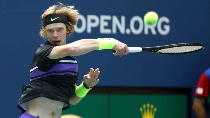 Us Open Stefanos Tsitsipas Accuses Chair Umpire Of Bias As He Bows Out In First Round Stuff Co Nz