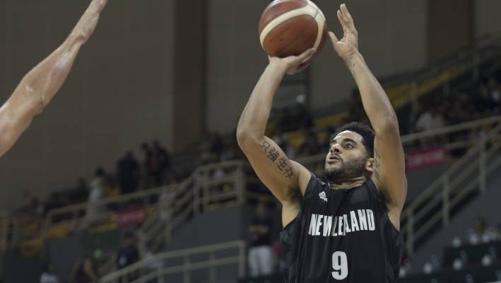 Giannis Antetokounmpo, Greece outlast Tall Blacks in Fiba