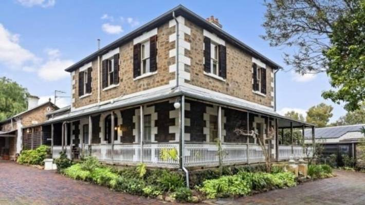 Swell Historic Adelaide Mansion For Sale Has Creepy Secret Down In Interior Design Ideas Helimdqseriescom