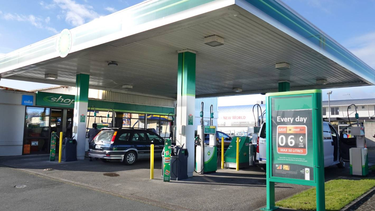 Attacks on Saudi felt at pump as Z and BP raise petrol by 6 cents a litre