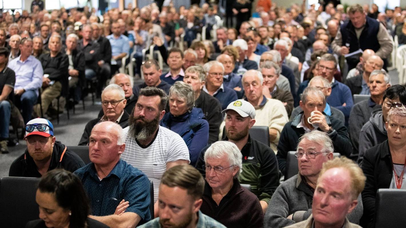 Fear, anger and mistrust in government at Mystery Creek freshwater meeting