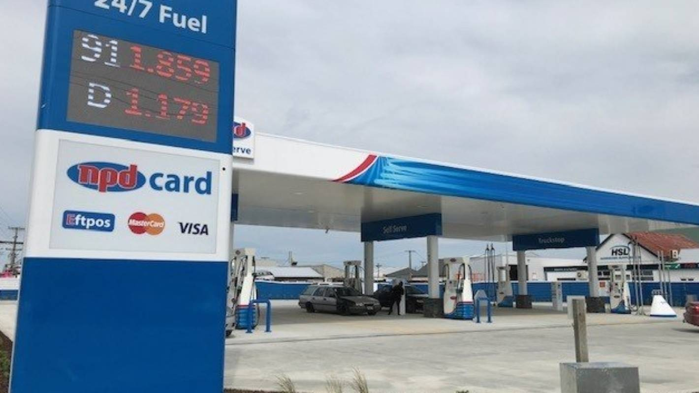 Man who spend $90,000 on petrol card after losing job labelled 'naive'