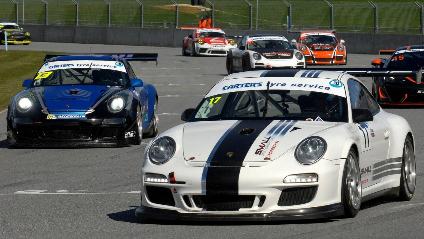 Timaru brothers lead South Island endurance racing championship