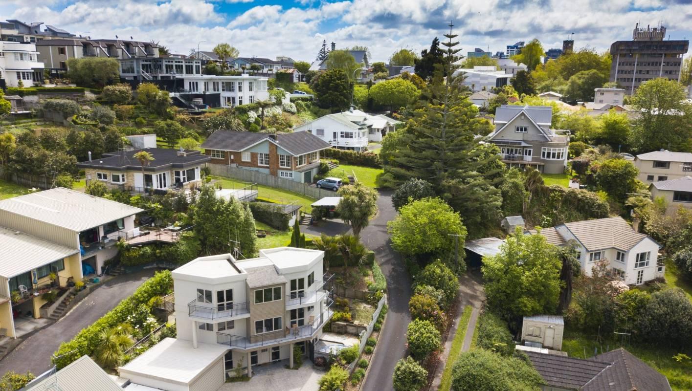 Hamilton's house prices keep rocketing up