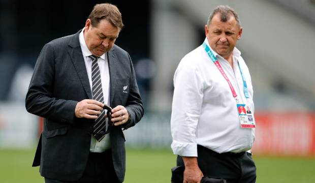 All Blacks v Ireland: Steve Hansen gives his answer to the vexed midfield question