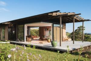 Huru House in rural Gisborne is a small, Japanese-inspired home designed by Andrew Simpson of Wiredog Architecture. It ...