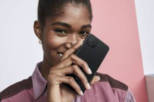Google's new phone adds an extra camera.