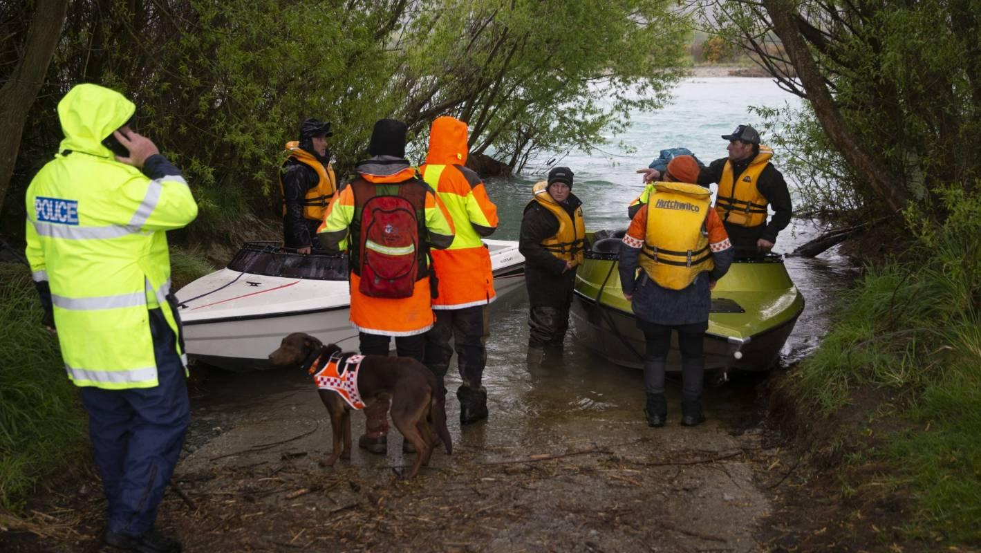 Police locate missing person's boat in Waitaki River in North Otago