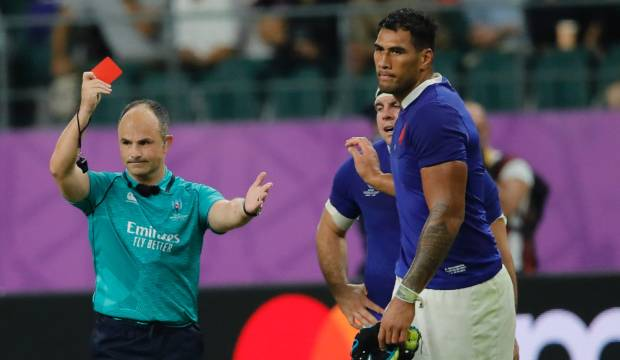 Rugby World Cup 2019: Stephen Jones blasts criticism of referee Jaco Peyper over 'elbow' selfie